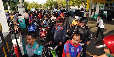 BN Wilayah Persekutuan akan memberi bantuan petrol percuma kepada penunggang motosikal di setiap kawasan Parlimen di Wilayah Persekutuan Kuala Lumpur, Labuan dan Putrajaya setiap awal bulan bermula April ini.
