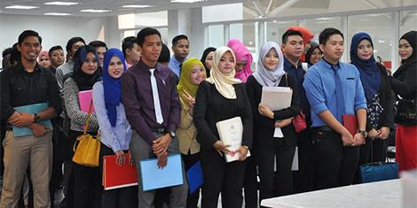 Permintaan Gaji Yang Tidak Munasabah Punca Siswazah Menganggur - Jobstreet.com