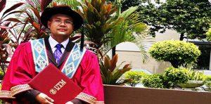 Mampu Capai Kejayaan Dalam Ijazah Kedoktoran Tanpa Biasiswa